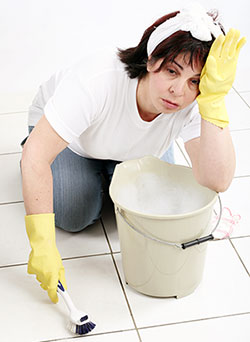 GM Cleaning Inc - Tile & Grout - Scrubbing Tile